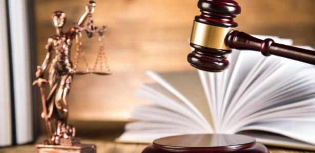 Empresa de SC é condenada a pagar R$ 10 mil a empregado discriminado por ser gay