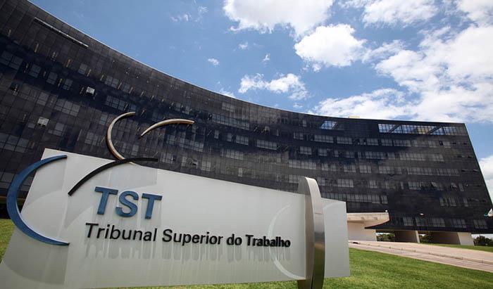 CNT defende fim da Justiça do Trabalho e pede a Bolsonaro extinção do Tribunal Superior do Trabalho