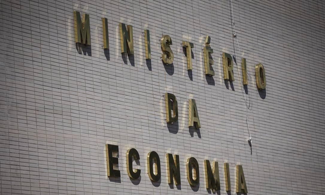 Ministério da Economia emite ofício orientando trabalhadores e empregadores