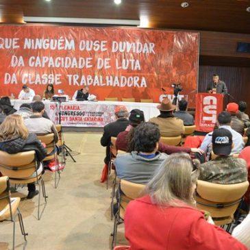 Lideranças do SITESPM-CHR participam da Plenária Estadual da CUT em Florianópolis
