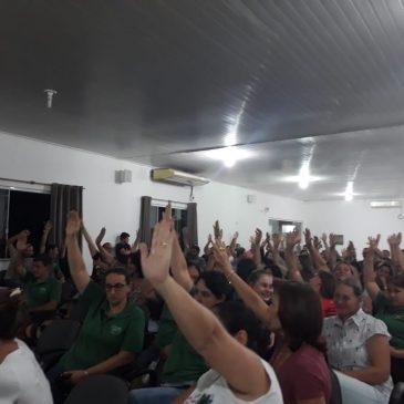 Servidores da prefeitura de Quilombo decretam GREVE