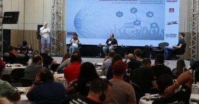 Em conferência, metalúrgicos do Brasil e Alemanha debatem o trabalho do futuro