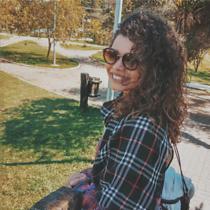Amanda Soares Barros