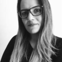 Katarine Liones Carvalho
