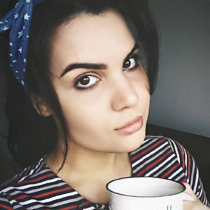 Núbia Vieira