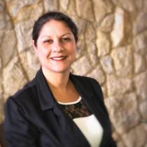 Paula Cristina R L