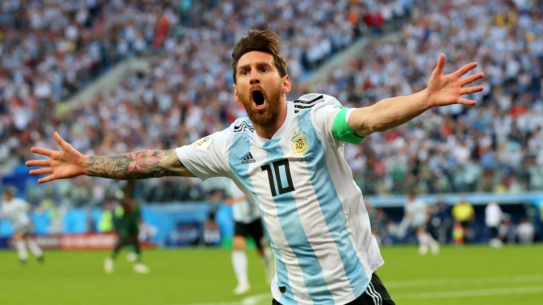 Messi marcou o primeiro gol da Argentina e o primeiro dele na Copa