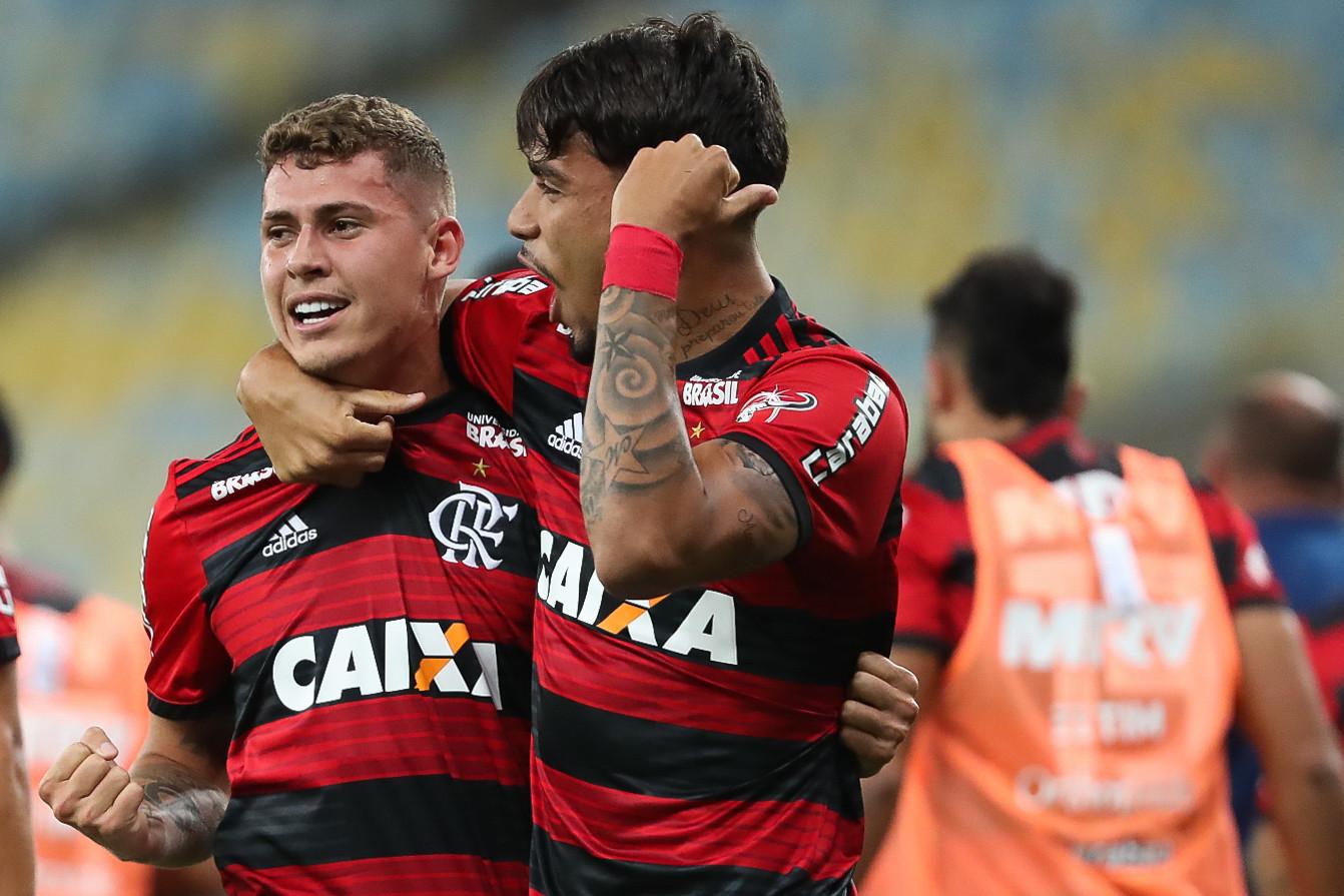 Matheus Sávio e Paquetá são esperanças de gol para o Flamengo