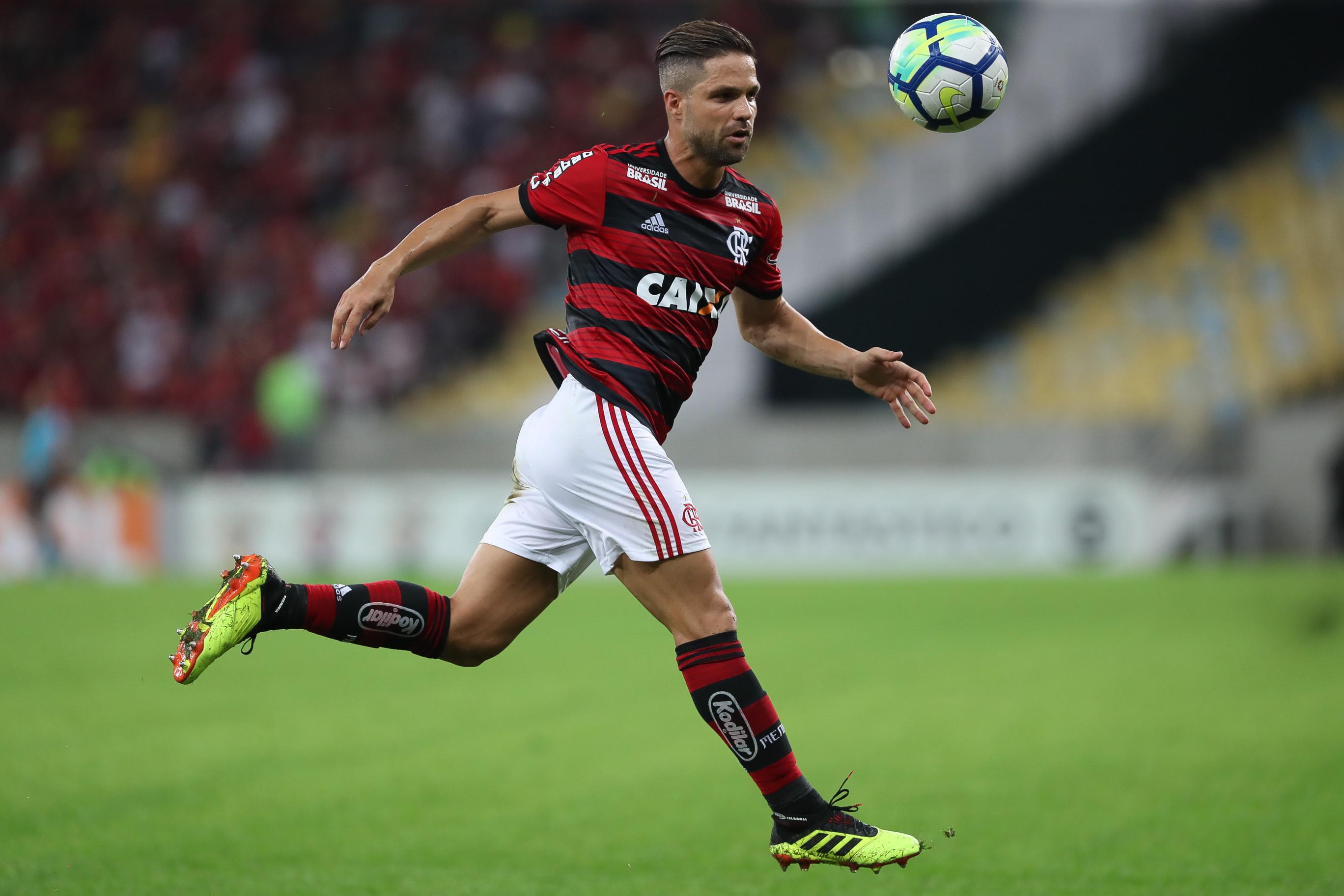 Após perder no meio de semana, Flamengo precisa vencer para se manter na ponta da tabela