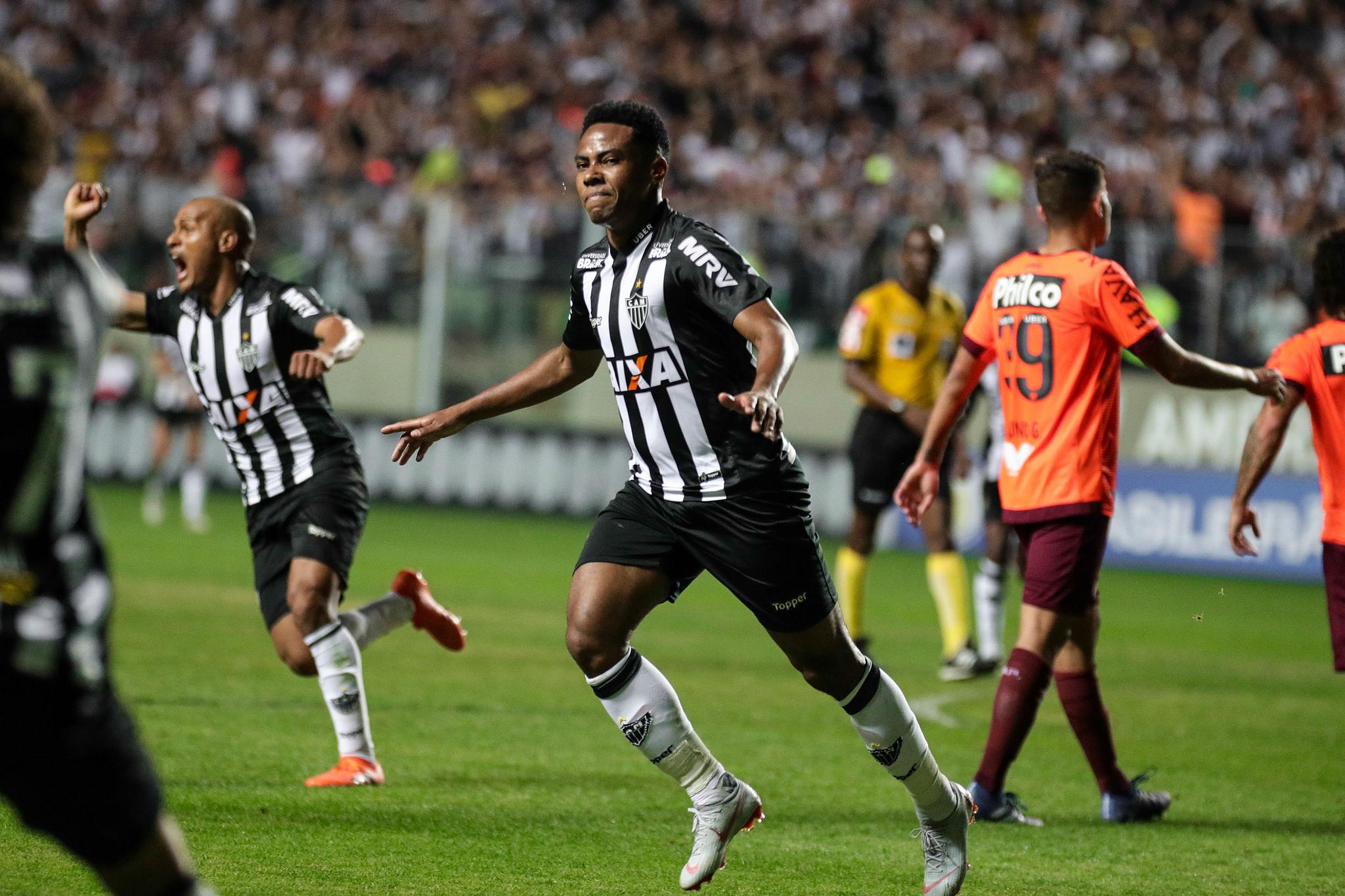 Elias marcou o gol da virada do Galo