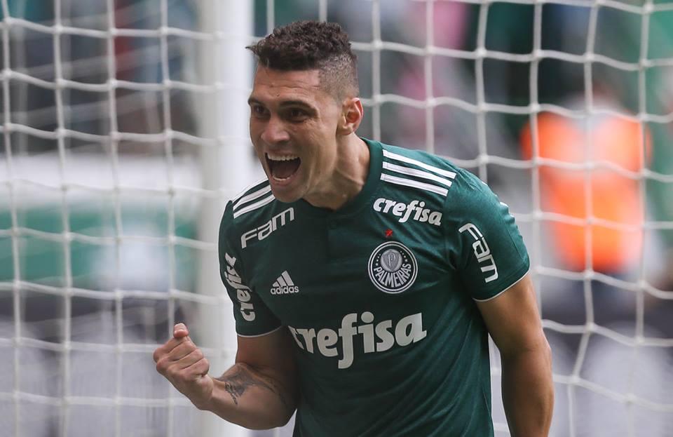 Moisés abriu o placar na vitória do Palmeiras sob o Galo