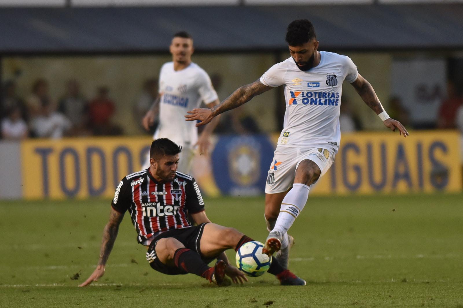 Com o empate com o Santos, o São Paulo assumiu a liderança do Brasileirão