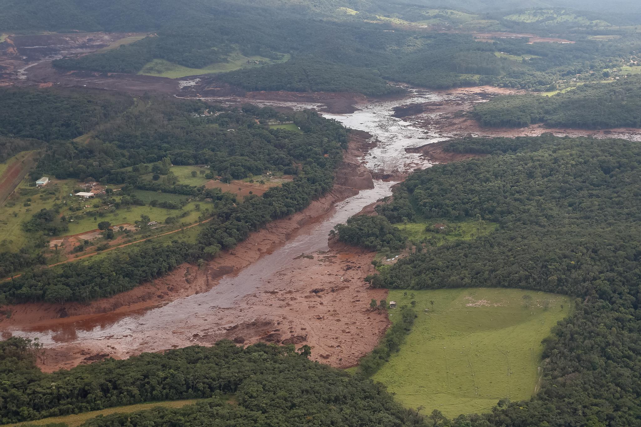Brumadinho após o rompimento da barragem