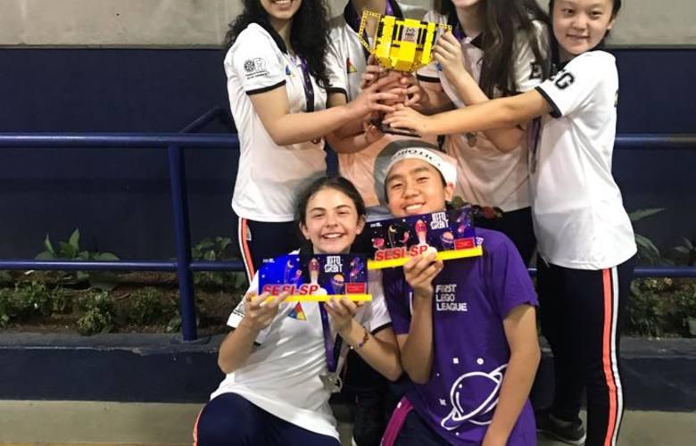 Equipe AC/DC, de São Caetano do Sul (SP), ganhou nacional SESI de robótica com projeto de 'banho no espaço' / Foto: reprodução Facebook