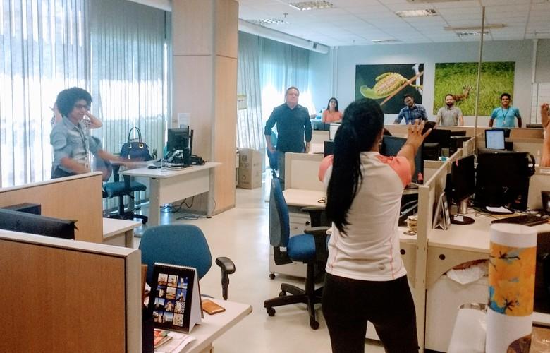 PL prevê pausa para ginástica laboral em jornadas de trabalho acima de 6 horas