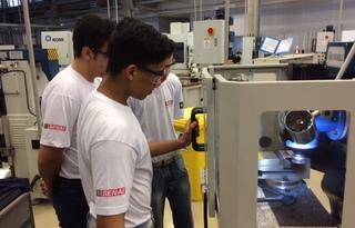 Alunos do curso de mecânica SENAI-SP / Foto: Internet Divulgação