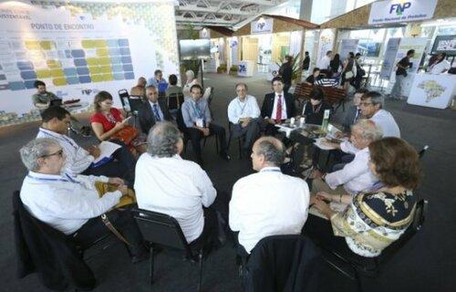 Discussão sobre criação de consórcios públicos. Foto: FNP