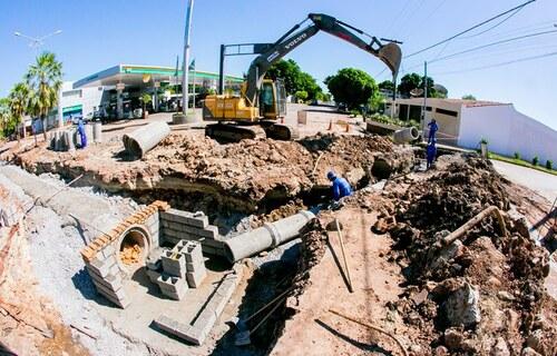 Obras de drenagem de águas pluviais no município de Corumbá/ foto: Governo de MS