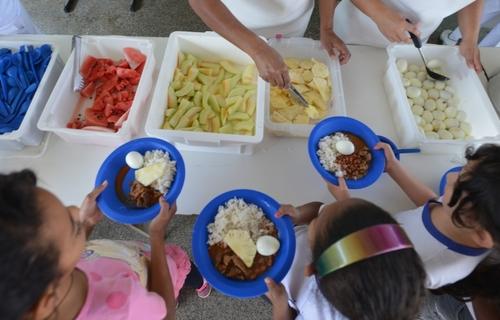 Programa Nacional de Alimentação Escolar. Foto: Agência Brasil.
