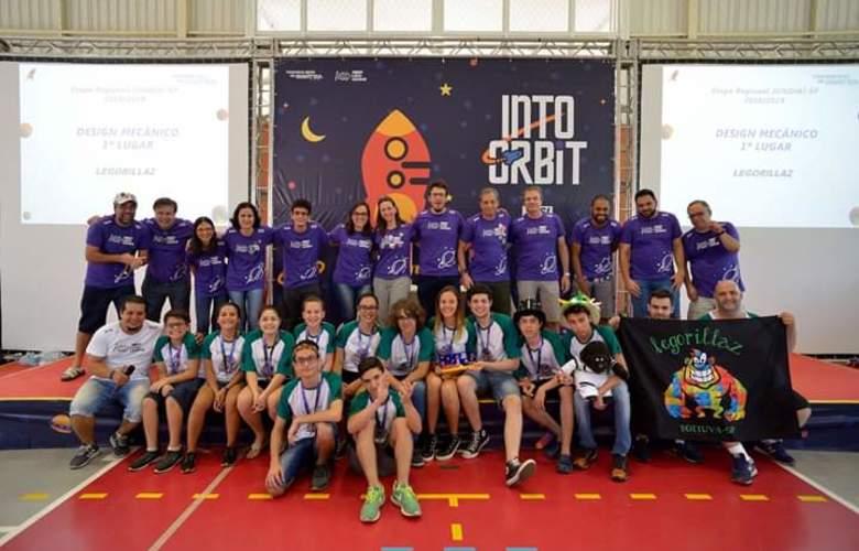Equipe Legorillaz durante etapa regional do Torneio SESI de robótica / Foto: arquivo pessoal