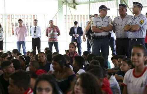 Escola cívico-militar. Foto: Agência Brasil.