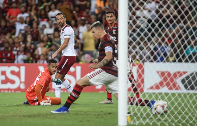 FUTEBOL: Nenê marca golaço e Tricolor vence primeiro Fla-Flu de ...