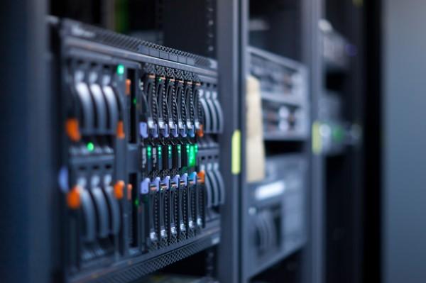 Você pensa em hospedar o CRM em seus servidores, ou prefere um em nuvem?