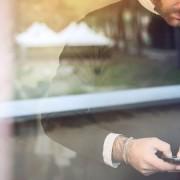 Como você envia e-mail de vendas para seus potenciais clientes?