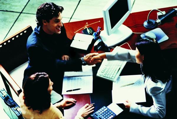Alguns vendedores têm medo de pedir a venda e, por isso acabam perdendo.