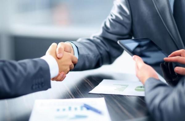 Inclua o tomador de decisões em suas apresentações e reuniões