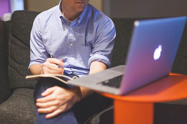 A tecnologia é uma grande aliada na gestão de carteira de clientes