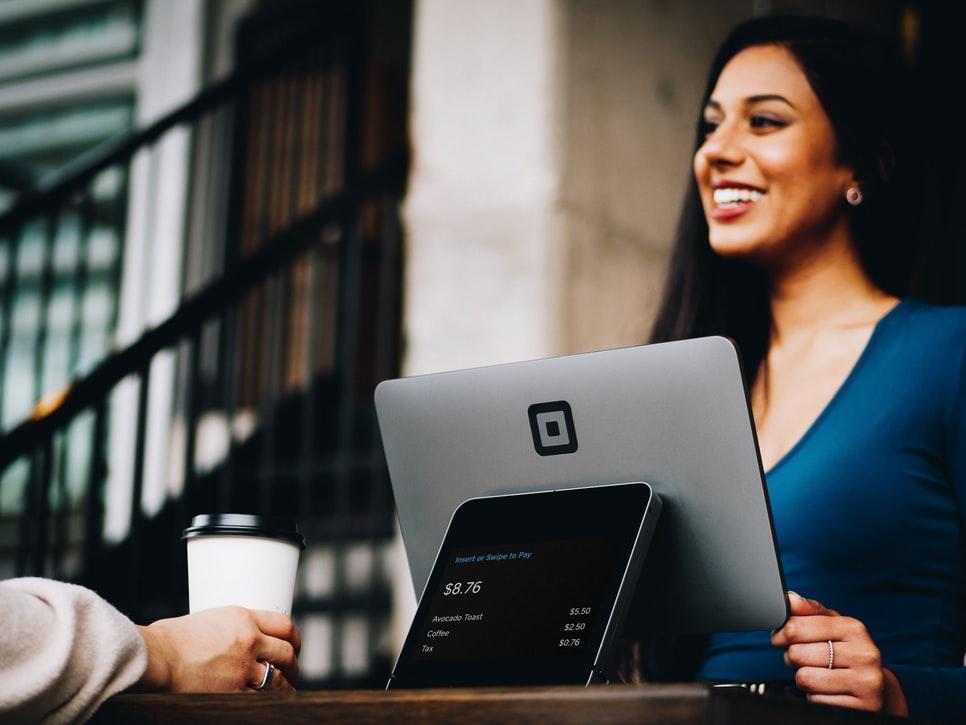 O que é experiência do cliente e como elaborar uma estratégia? | Blog do  Agendor