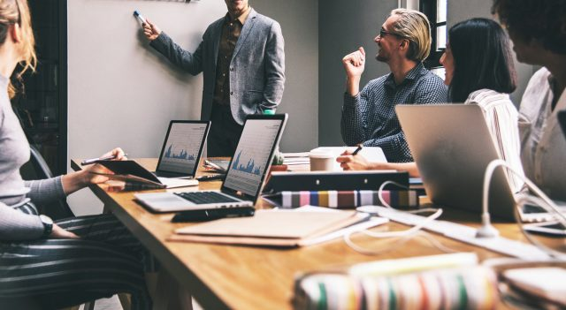 exemplos-de-empresas-que-usam-crm