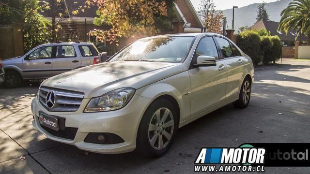 MERCEDES BENZ C 180 CGI BLUE EFFICIENCY 1.8 2011 - Autos Usados