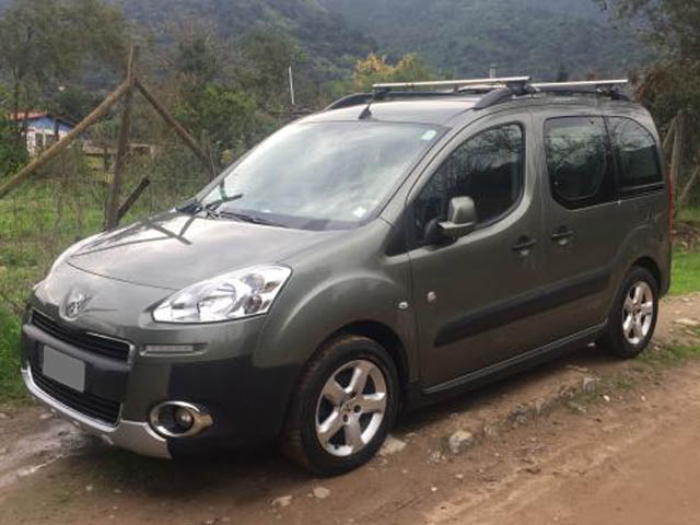 PEUGEOT TEPEE OUTDOOR ALLURE 1.6 HDI 2013 - Autos Usados