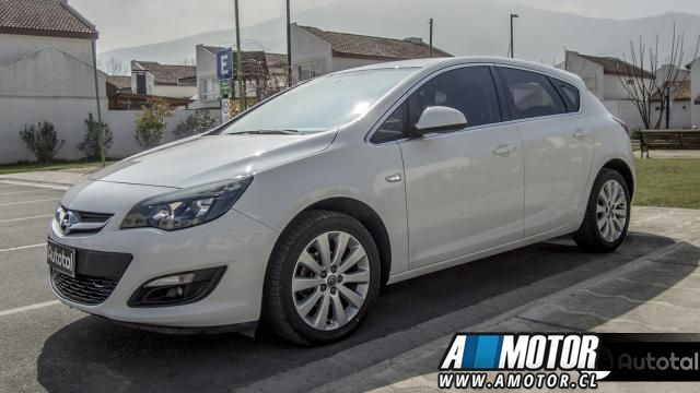 OPEL ASTRA ENJOY 2015 - Autos Usados