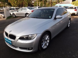 BMW 330 330 COUPE 2009