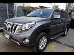 TOYOTA LAND CRUISER LIMITED 2015