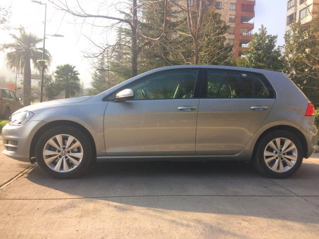 VOLKSWAGEN GOLF  FULL 2015