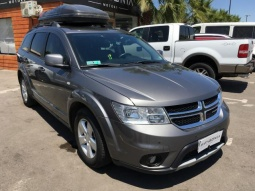 DODGE JOURNEY  2.4 AUT 2014