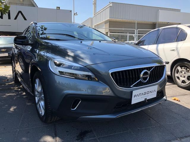 VOLVO V40  CROSS COUNTRY D2 2.0 AT ***OFERTA*** 2017