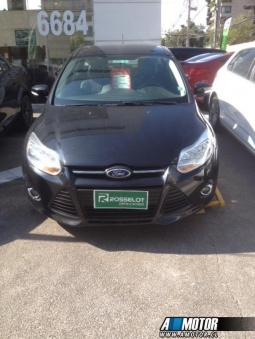 FORD FOCUS  FORD FOCUS SEDAN AUT. FULL CUERO 2014
