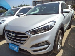 HYUNDAI TUCSON  TL 2.0 6AT GL ADVANCE NAV 2017