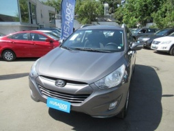 HYUNDAI TUCSON  AT 4X2 2011