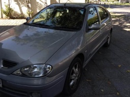 RENAULT MEGANE  H BACK AUTHENTIQUE 2009