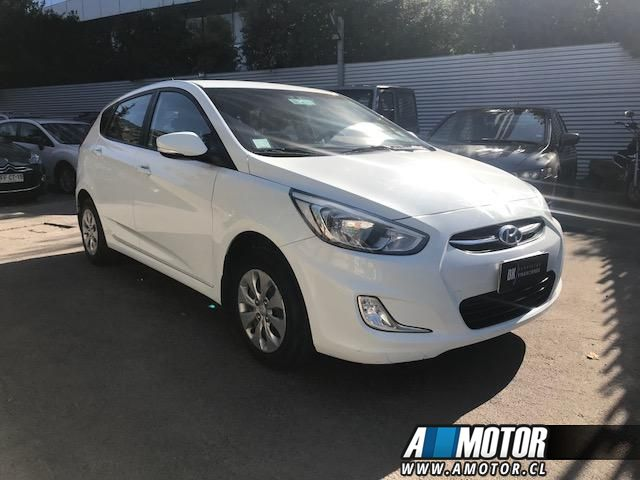 HYUNDAI ACCENT  RB GLS 1.4 FULL EQUIPO 2015