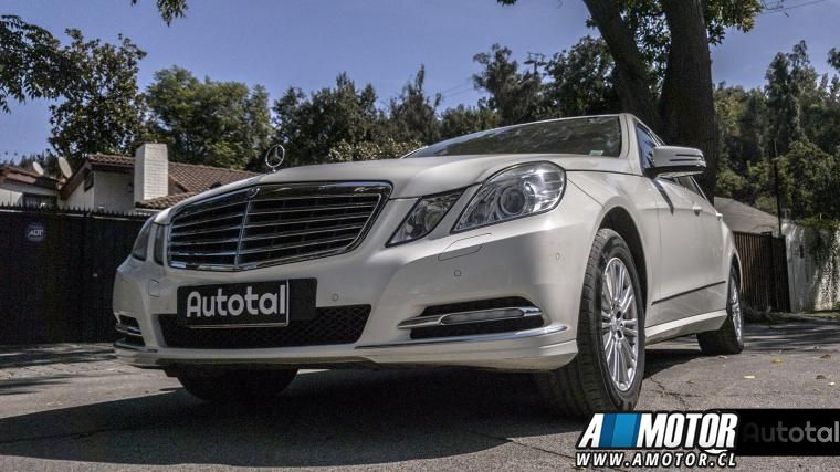 MERCEDES BENZ E 350 BLUE EFFICIENCY ELEGANCE 2012 - Autos Usados