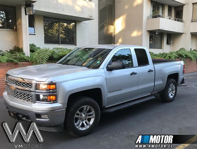 CHEVROLET SILVERADO  LT 5.3 4X4 AT 2014