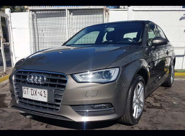 AUDI A3  1.8 T  ATTRACTION 2014