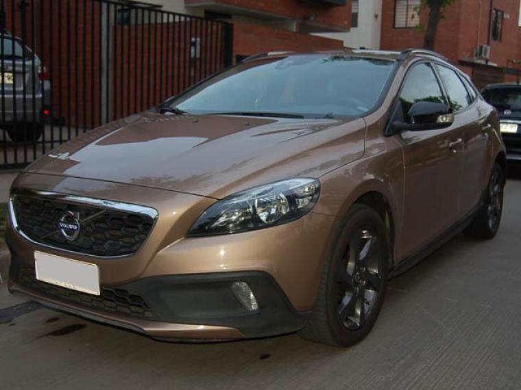 VOLVO V40 Cross Country 2015 - Autos Usados